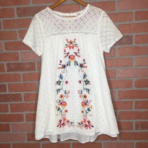 Umgee women's lace tunic top embroidered (4L50)